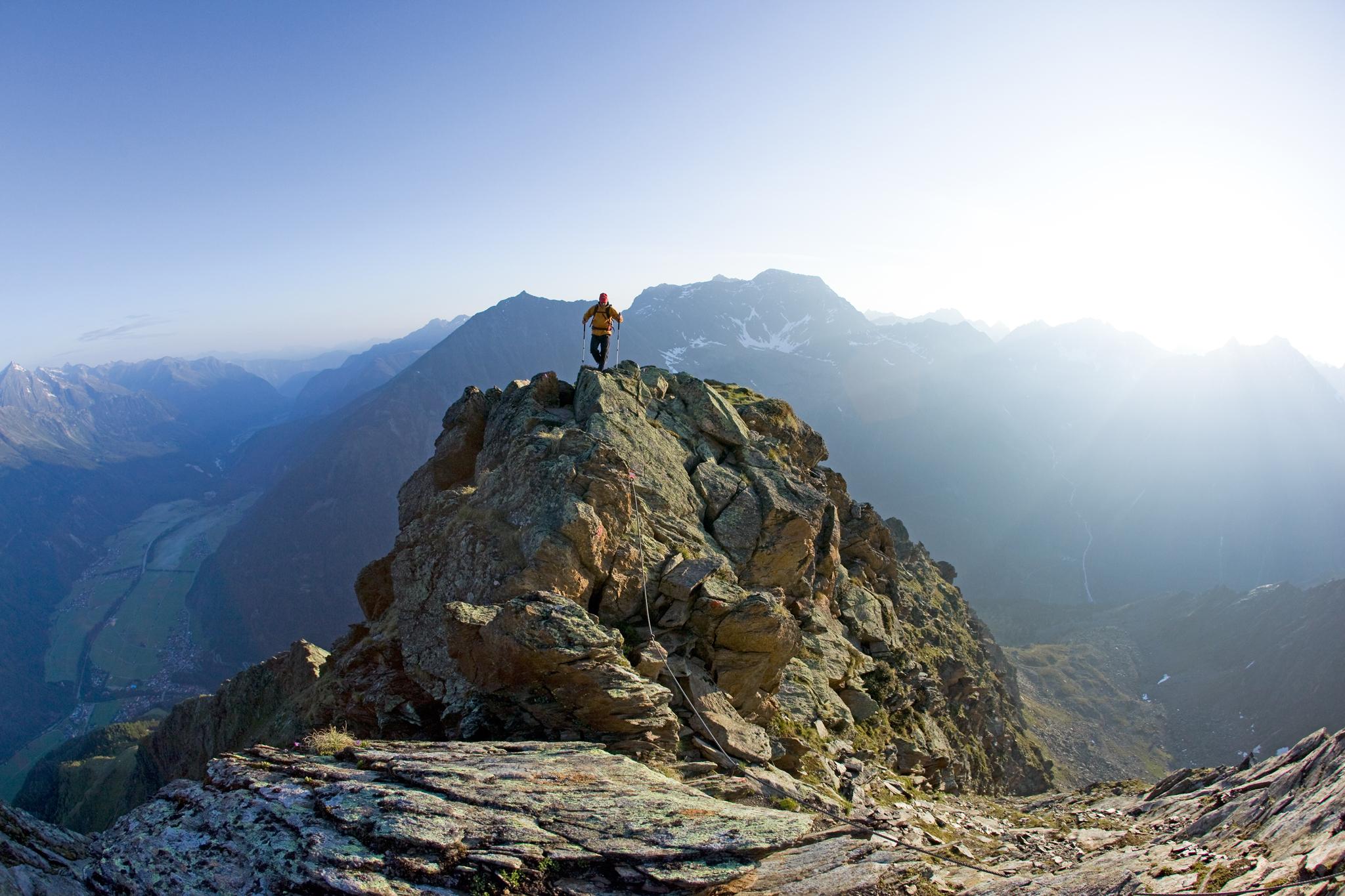 Diese ausgesetzte Passage im Anstieg zum Gamskogel bietet Panorama pur © Bernd Ritschel