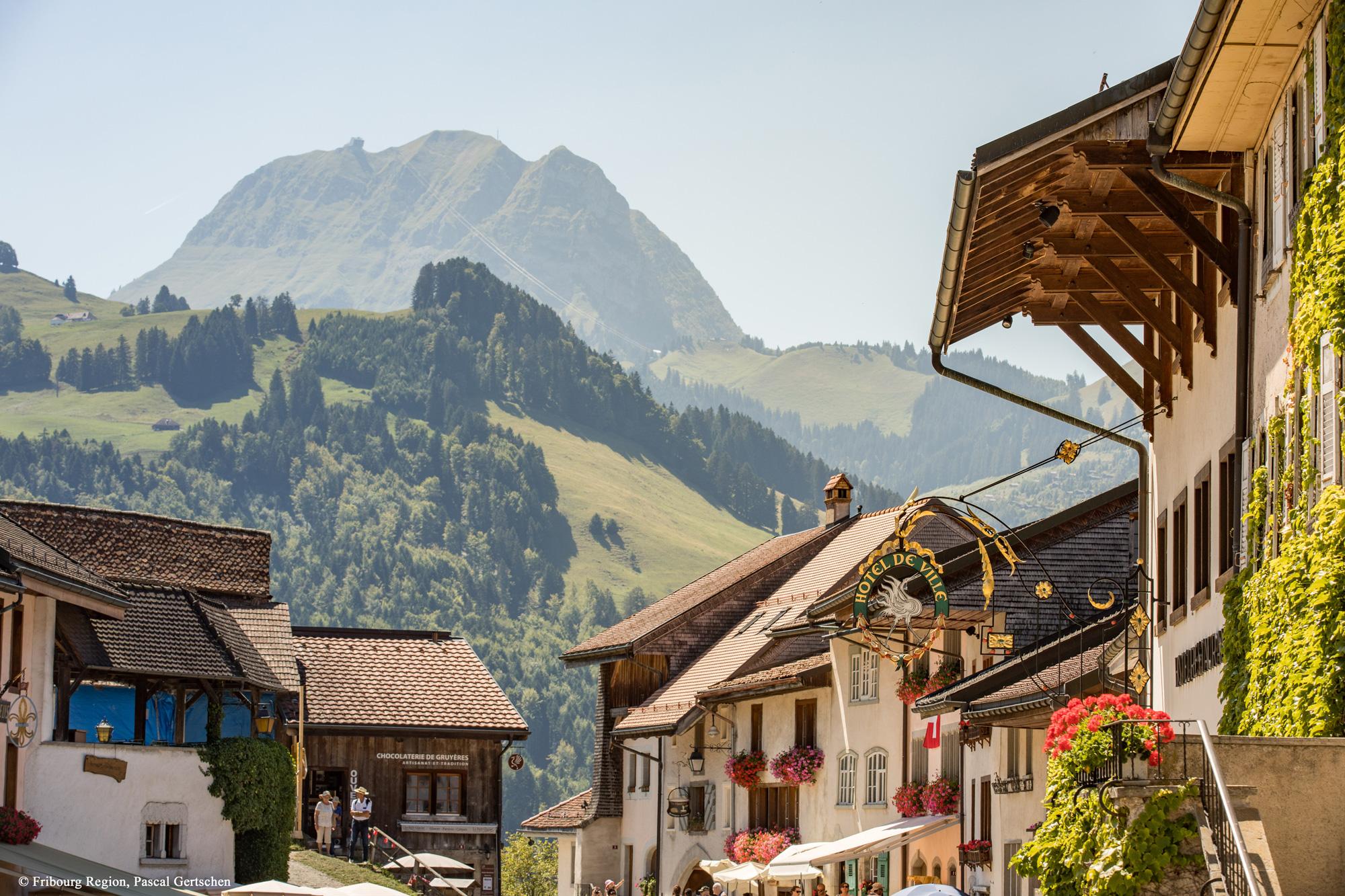 Das Städtchen Gruyères © Fribourg Region, Pascal Gertschen