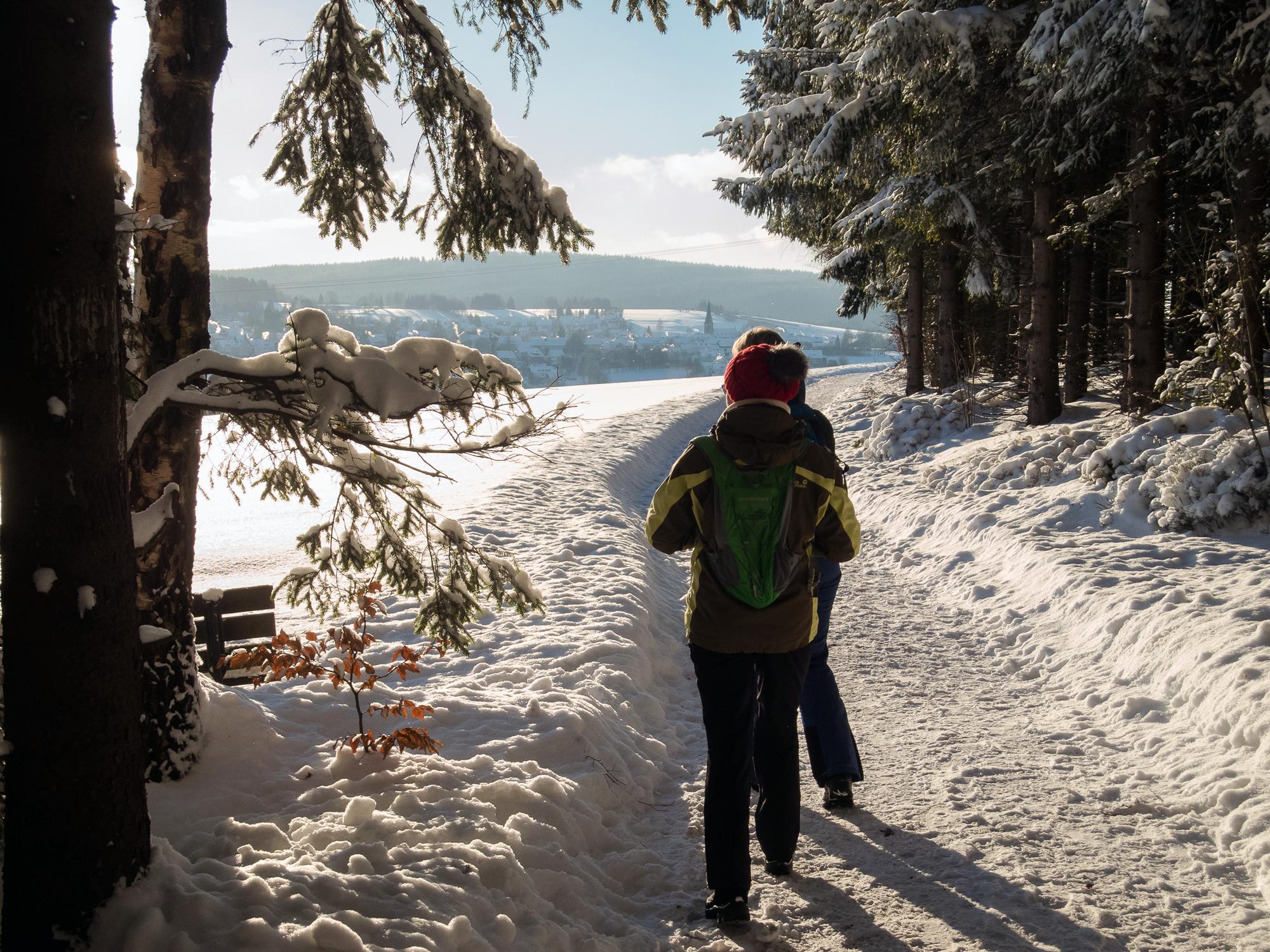 Alles strahlt und glitzert in der klaren Winterluft © Manfred Sieber