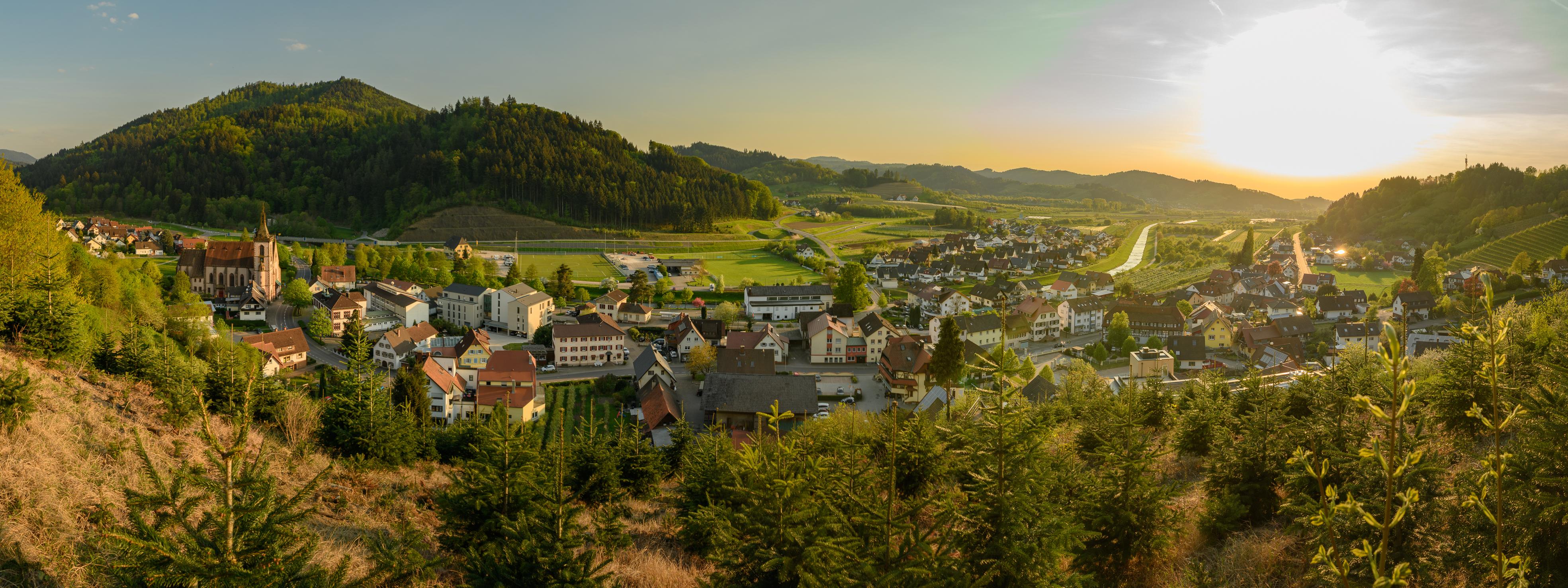 Der Blick auf Lautenbach © Manfred Huber