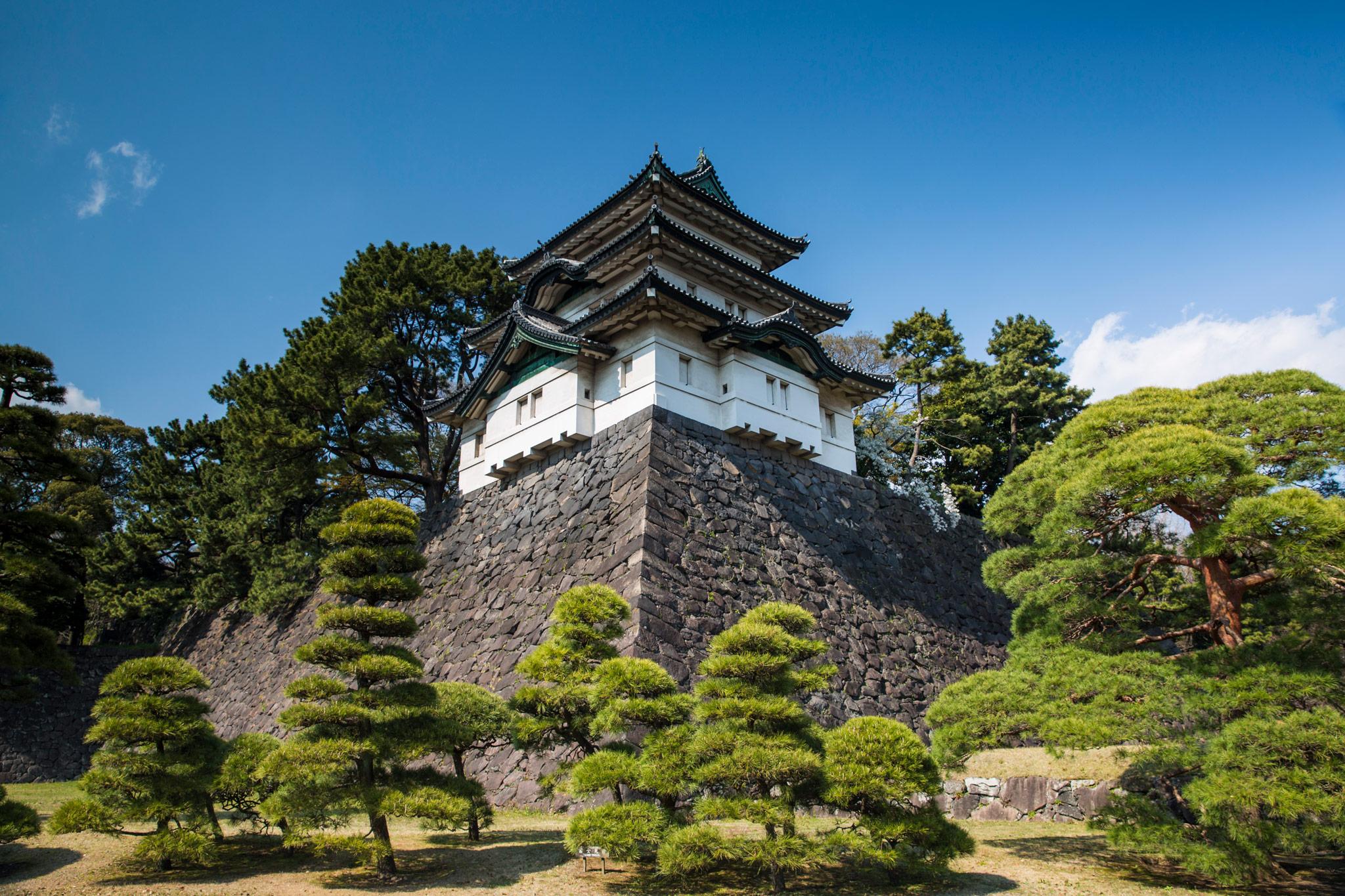 Der kaiserliche Palast in Tokio © G Adventures