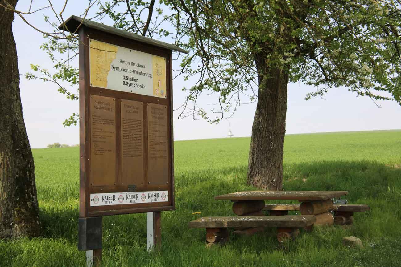 Info-Tafel am Sinfoniewanderweg © Ing. Otmar Hamberger
