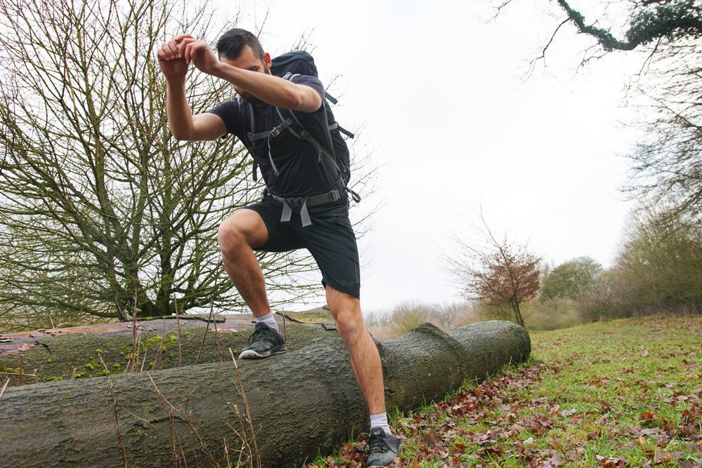 Marwin Isenberg weiß, was Knie beim Wandern aushalten müssen. Fotos: © Robert Engel