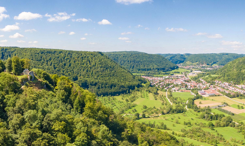 Höhenrunde: faszinierende Ausblicke von der Ruine Hiltenburg © Patrick Zanker