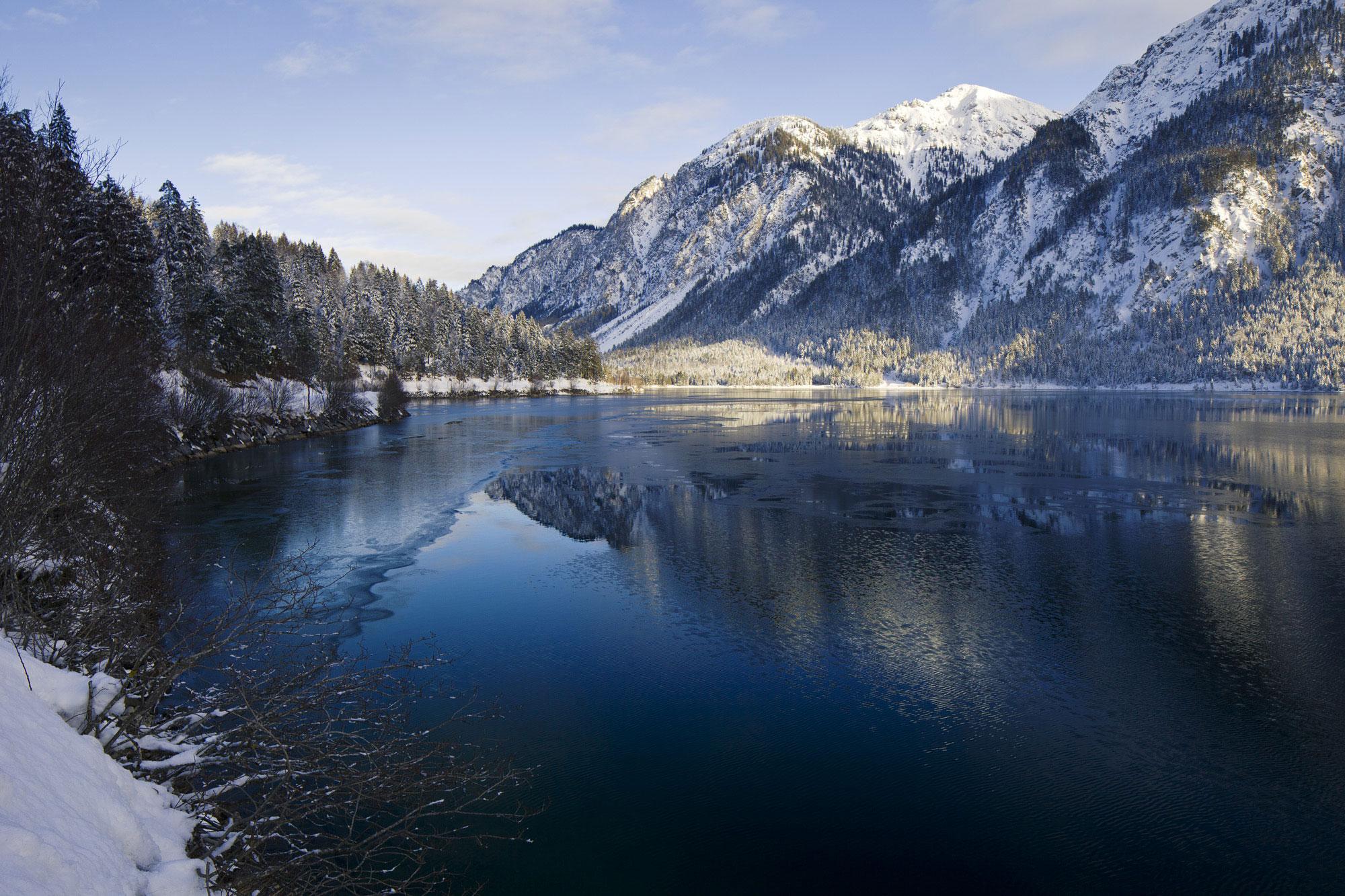 Winterstimmung am Plansee © Robert Eder