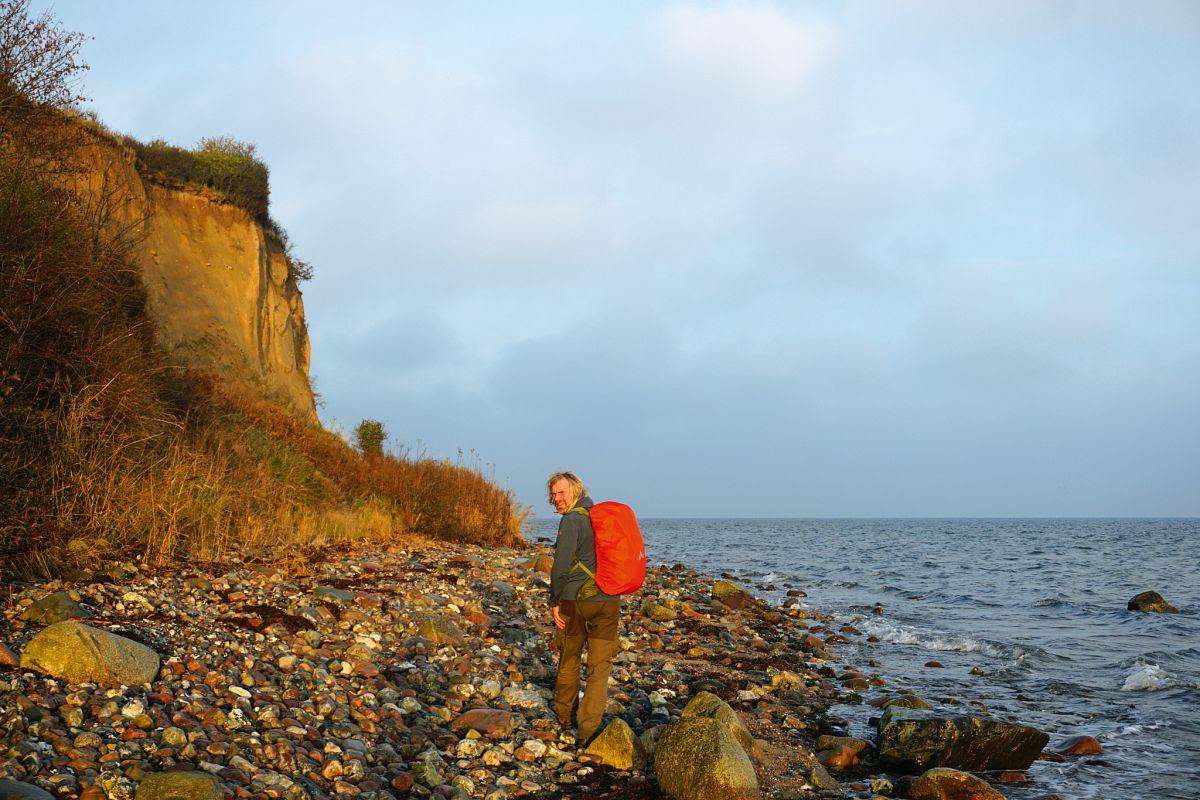 Frische Ostseeluft, mildes Sonnenlicht, menschenleere Uferpfade – Freiheit für Körper, Geist und Seele © Thorsten Hoyer