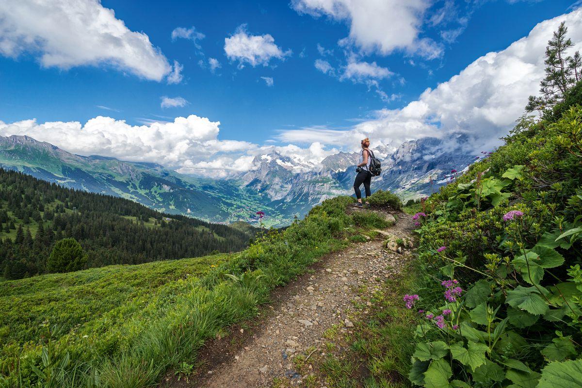 Naturparadies Männlichen: Wandern am Fuss der Nordwändevon Eiger, Mönch und Jungfrau © Joel Baur Photograpy