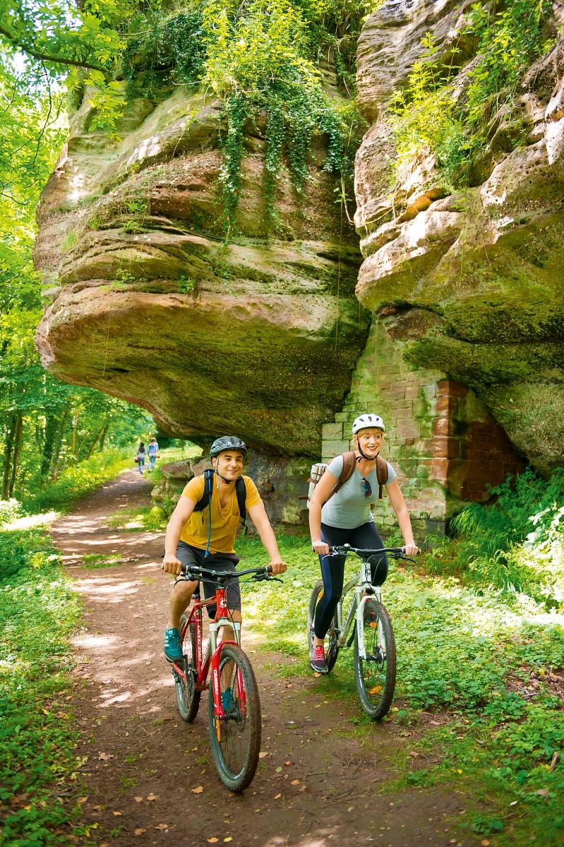 Mountainbike in den Nordvogesen -Die Durchquerung der Vogesen TMV ® von Wissembourg nach Thann ist besonders beliebt. © INFRA, Massif des Vosges