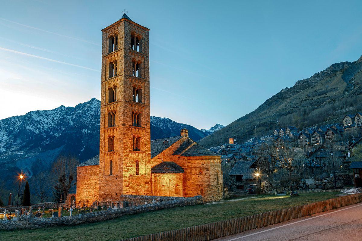 Neun hervorragend erhaltene romanische Kirchen des Vall de Boí haben Unesco-Welterbestatus. Die berühmteste von ihnen ist Sant Climent de Taüll. © ACT