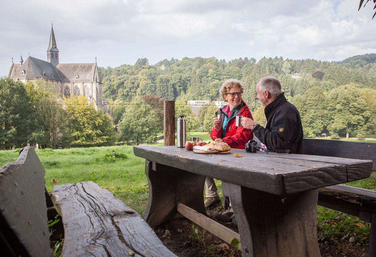 Picknick in Altenberg mit Blick auf den Dom © Cora Berndt-Stühmer