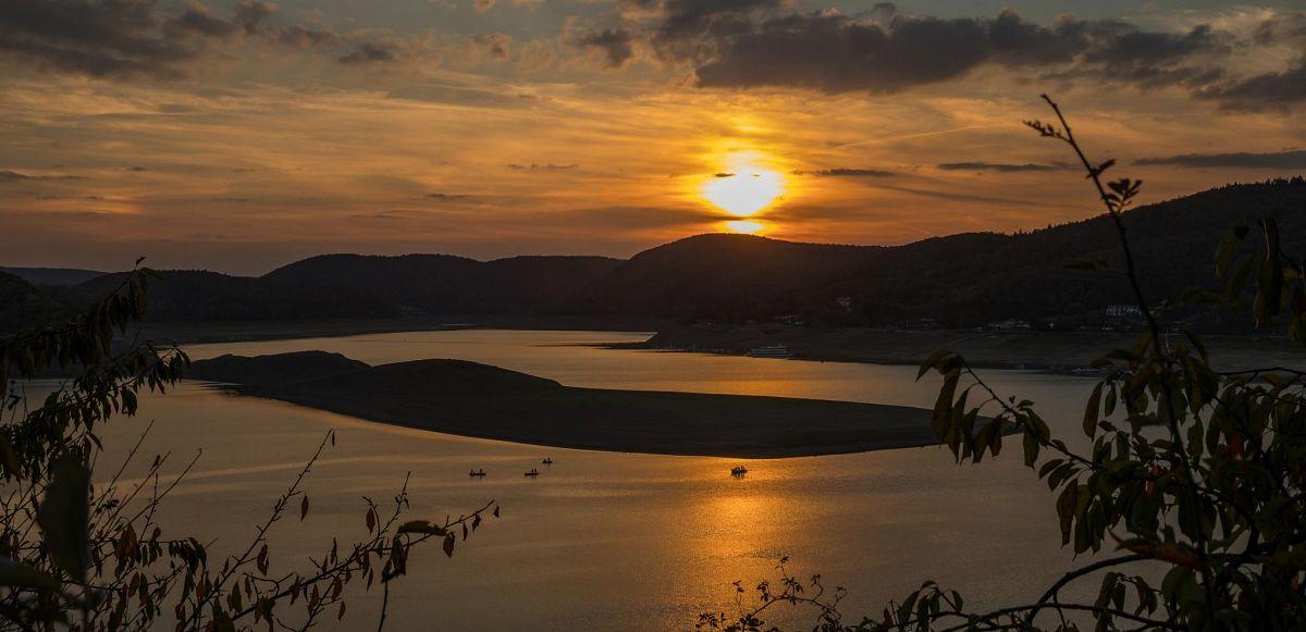 Sonnenuntergang über dem Edersee © outdoor-wandern.de - Markus Balkow