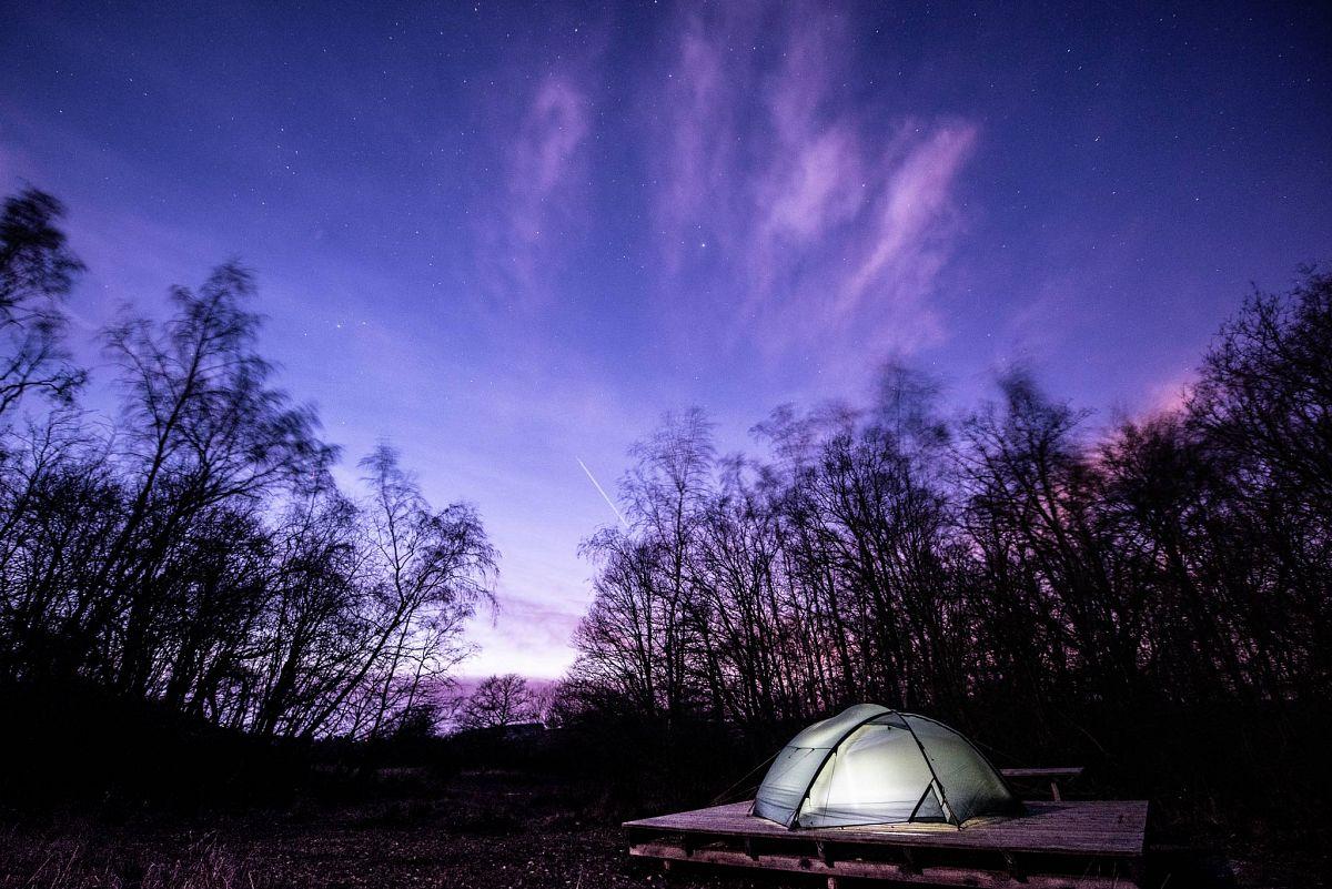 Bei den Naturlagern in der Nordeifel ist man mit der Wildnis ganz alleine © NaturparkNordeifel e.V., Dr. Nils Nöll