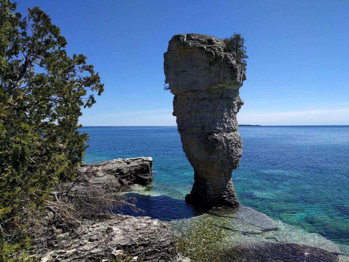 Flower Pot Island mit seinen kuriosen Steinformationen.