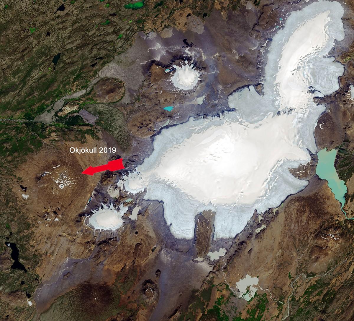 Die Eisreste des Okjökull auf Island am 1. August 2019 © NASA Earth Observatory, Joshua Stevens
