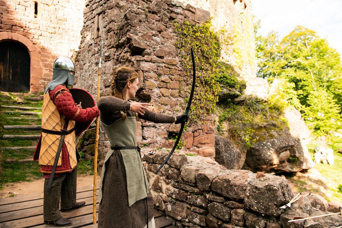 Mittelalterliche Feste in Burg Rathsamhausen bei Ottrott © INFRA, ADT