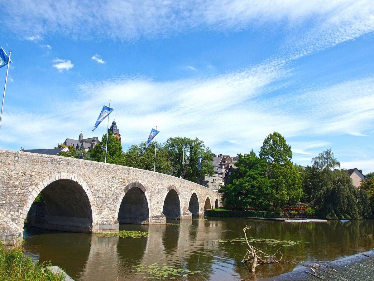 Alte Lahnbrücke in Wetzlar © pixabay.com, markus11
