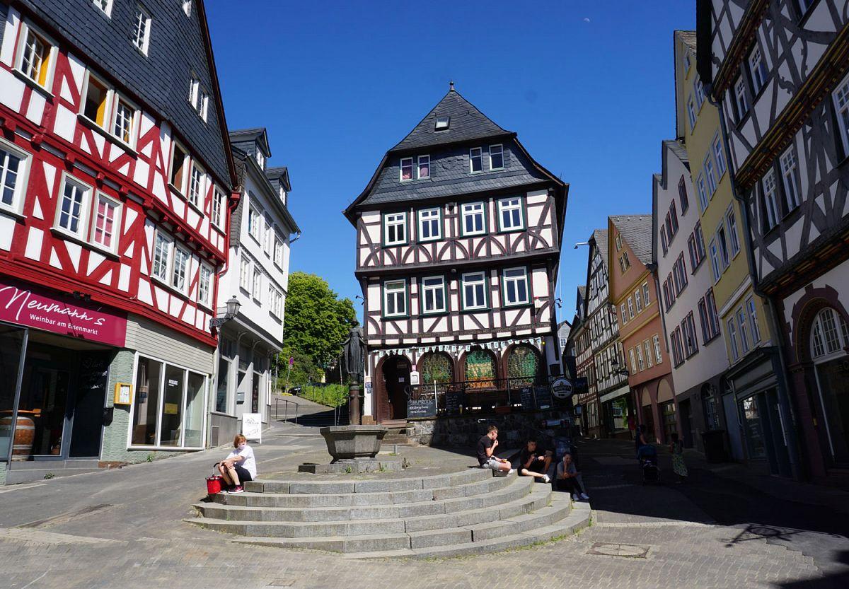 Marktplatz in Wetzlar © unsplash.com; Georg Arthur Pflueger