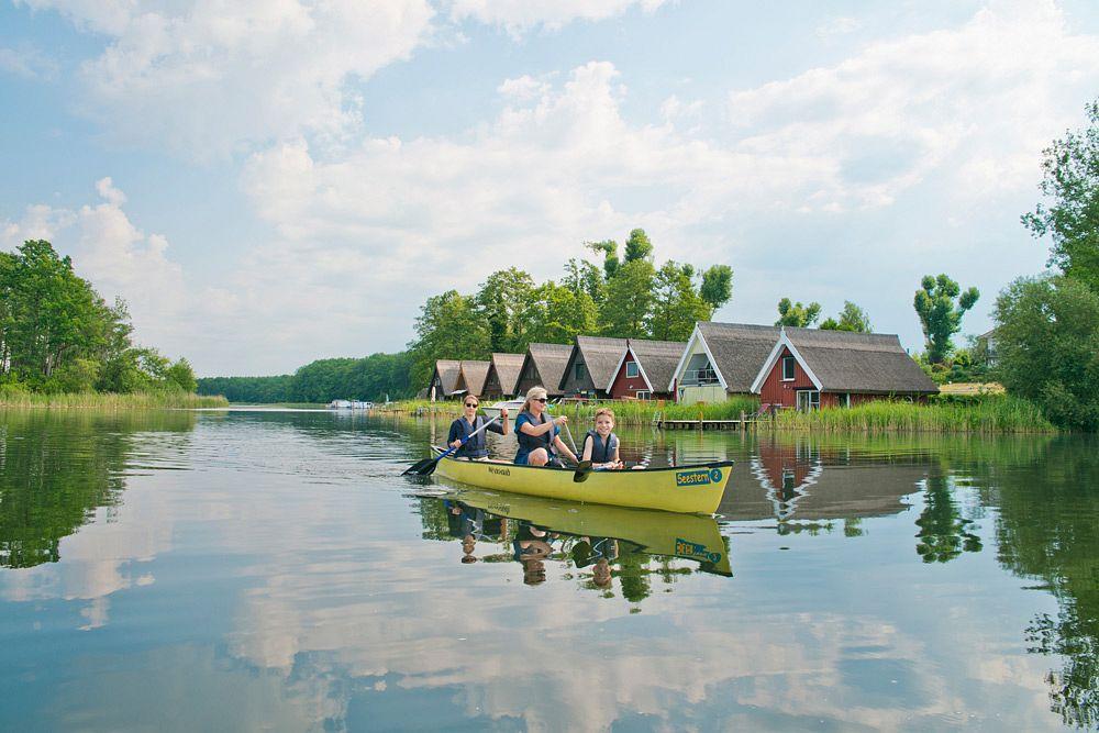 Mit dem Kanu auf dem Mirower See ©www.1000seen.de, Christin Drühl