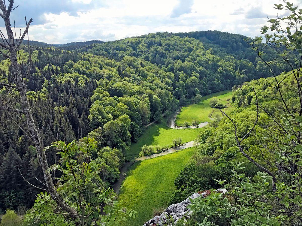 Landschaft am Burgfelsenpfad © Alb-Donau-Kreis Tourismus