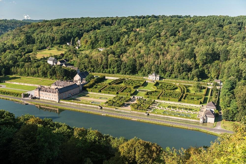 Das Schloss von Freyr mit seinen Gärten, direkt an der Maas gelegen © WBT, Dominik Ketz