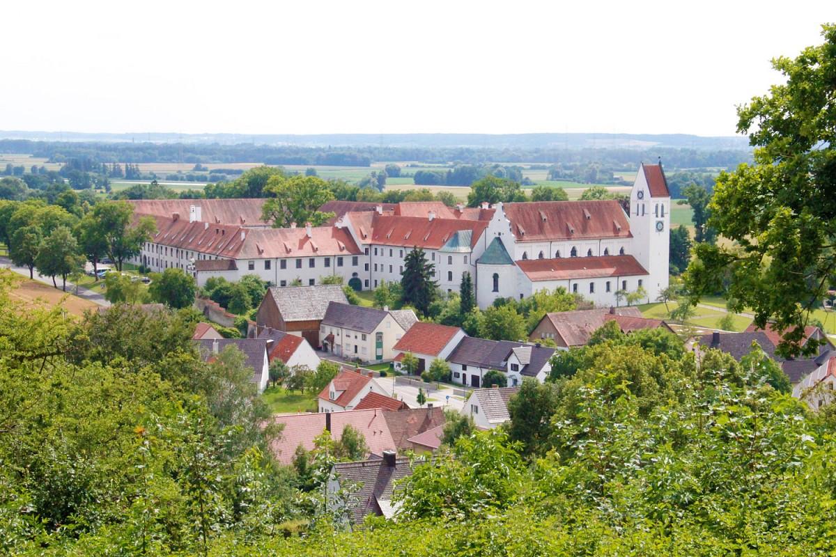 Ausblick auf das Kloster Thierhaupten © Elisabeth Birzele