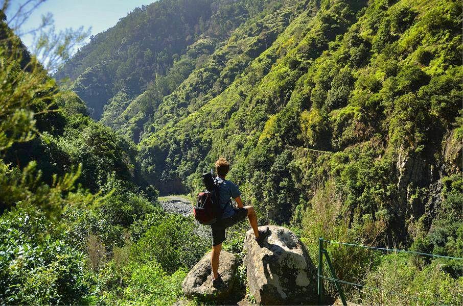 Aussichtsreiche Momente in den Wäldern Madeiras © visitmadeira