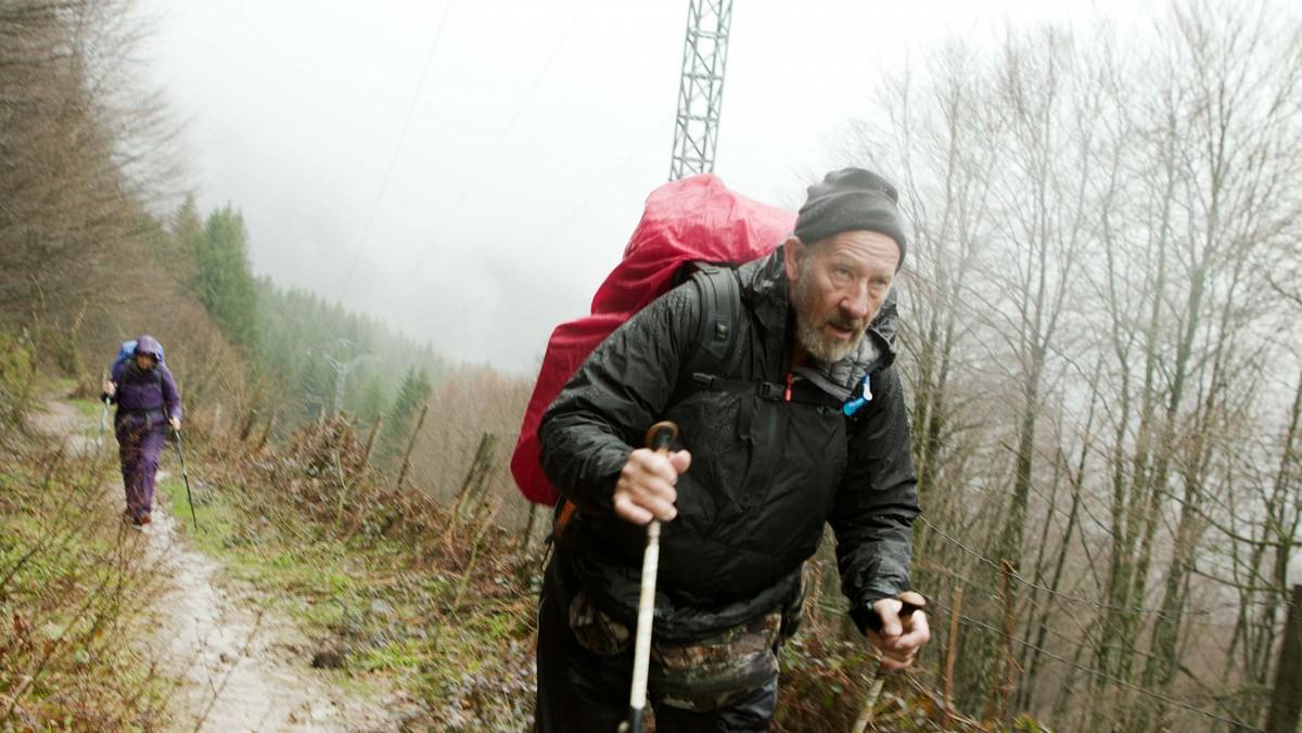 Terry während einer anspruchsvollen Etappe in den Pyrenäen (Roncesvalles)© Ascot Elite Entertainment / 24 Bilder