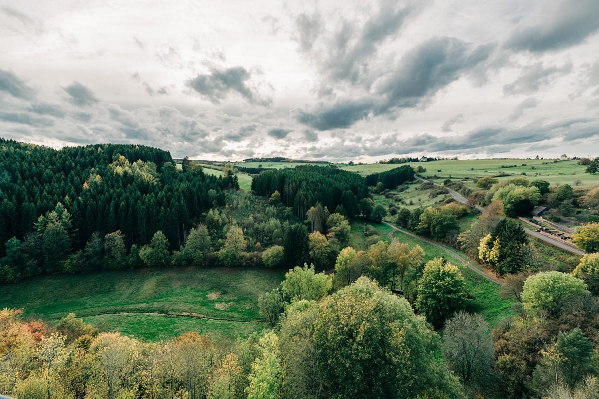 Auf den EifelSpuren und den EifelSchleifen die Region erkunden © Nordeifel Tourismus