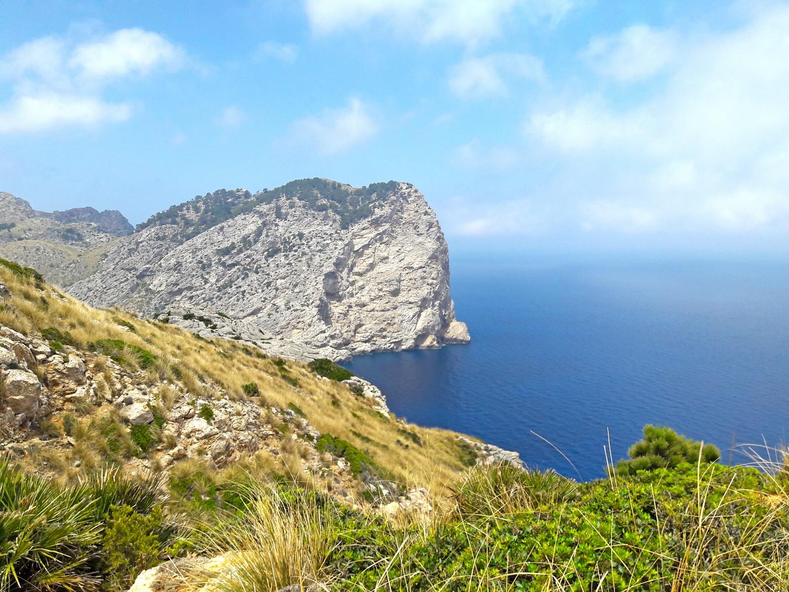pFazit-Die-Halbinsel-Formentor-ist-zu-Fuszlig-auf-jeden-Fall-ein-lohnendes-Erlebnis-auch-wenn-man-sie-nicht-auf-klassischen-Wanderwegen-begehtp