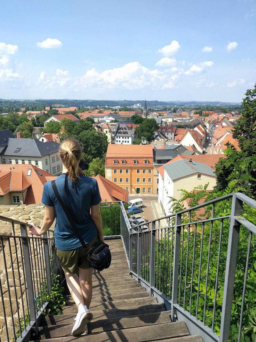 pZiel-des-a-hrefhttpwwwsaechsische-schweizdemalerweghtml-targetblankMalerwegesa-Pirna-Vom-Schloss-aus-hat-man-an-mehreren-Stellen-tolle-Aussichten-uumlber-die-Stadt-und-das-Elbtal-Kleine-gemuumltliche-Spaziergaumlnge-sind-hier-uumlberall-moumlglichnbspppTipp-Thorsten-Hoyers-Wanderfuumlhrer-zum-Malerweg-erscheint-im-September-in-aktualisierte-Fassung-im-a-hrefhttpswwwconrad-stein-verlagdebuecher-shopmalerweg-targetblankConrad-Stein-Verlaga